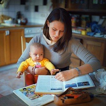 Bebek Bakıcısı Aranıyor